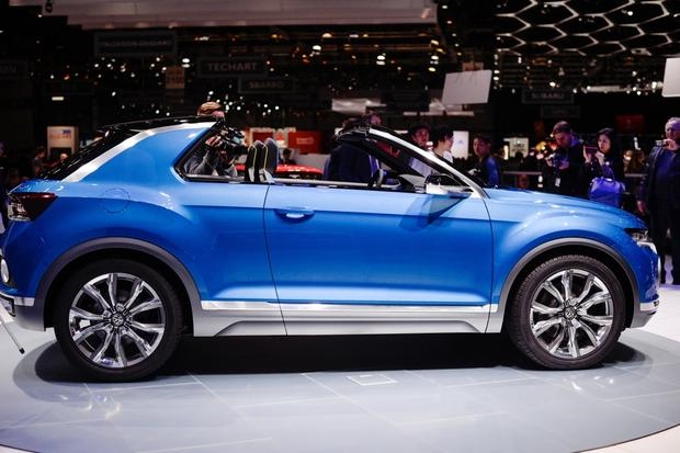 Volkswagen T-ROC Concept: Geneva Auto Show featured image large thumb4