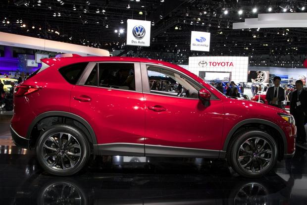 2016 Mazda CX-5: LA Auto Show featured image large thumb1