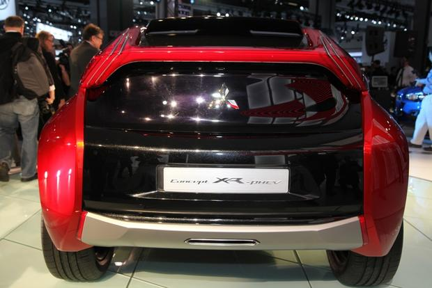 Mitsubishi Concept XR-PHEV: LA Auto Show featured image large thumb3