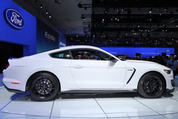 Ford Shelby GT350 Mustang: LA Auto Show featured image large thumb3