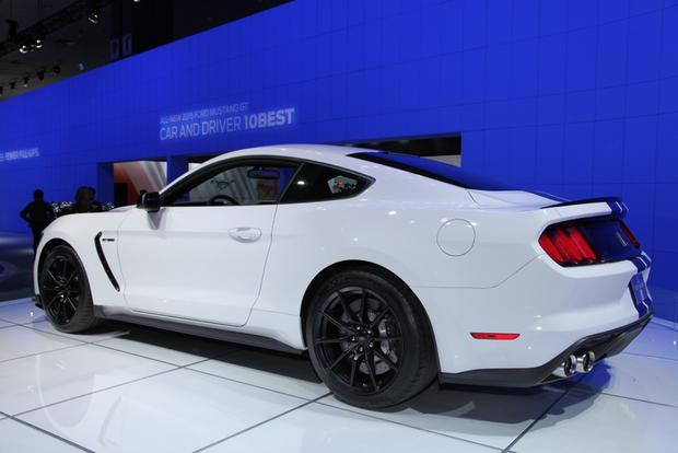 Ford Shelby GT350 Mustang: LA Auto Show featured image large thumb5
