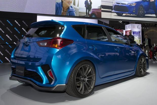 Scion iM Concept: LA Auto Show featured image large thumb8