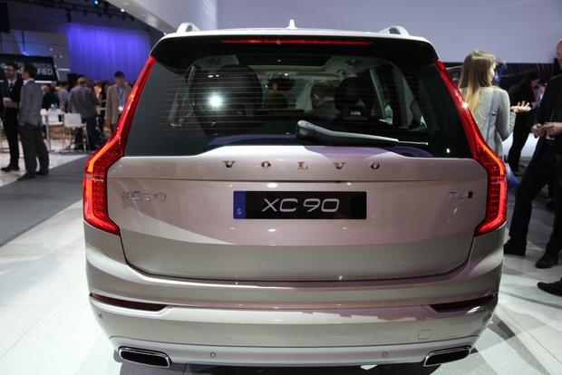2015 Volvo XC90: LA Auto Show featured image large thumb1