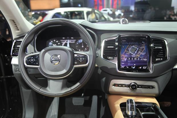 2015 Volvo XC90: LA Auto Show featured image large thumb10