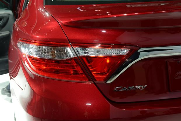 2015 Toyota Camry: New York Auto Show featured image large thumb6