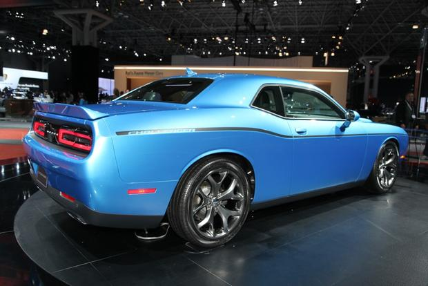 2015 Dodge Challenger: New York Auto Show featured image large thumb1