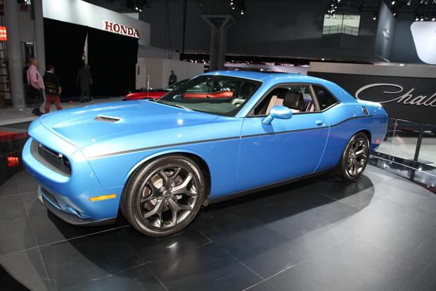 2015 Dodge Challenger: New York Auto Show featured image large thumb2
