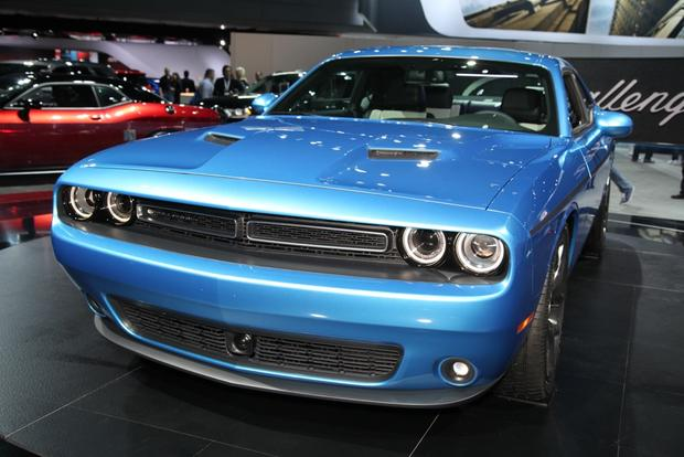 2015 Dodge Challenger: New York Auto Show featured image large thumb3