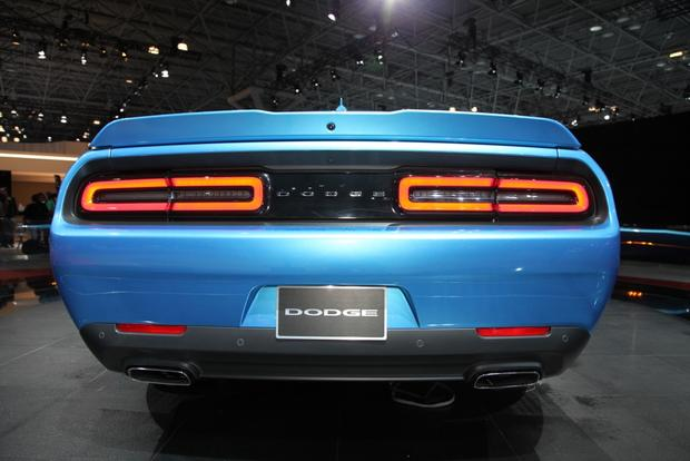 2015 Dodge Challenger: New York Auto Show featured image large thumb4