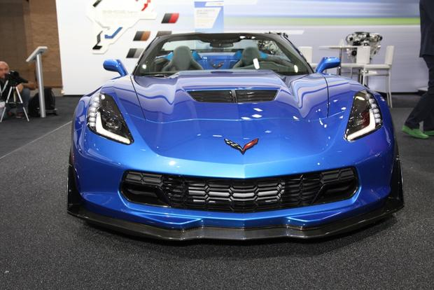 2015 Chevrolet Corvette Z06 Convertible: New York Auto Show featured image large thumb3