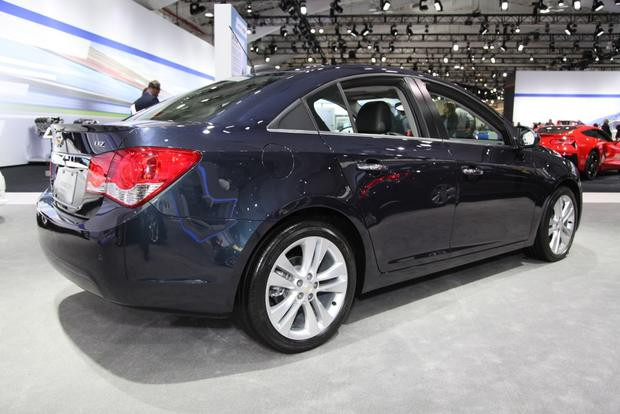2015 Chevrolet Cruze: New York Auto Show featured image large thumb0