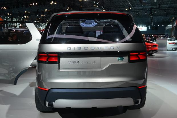 Land Rover Discovery Vision Concept: New York Auto Show featured image large thumb3