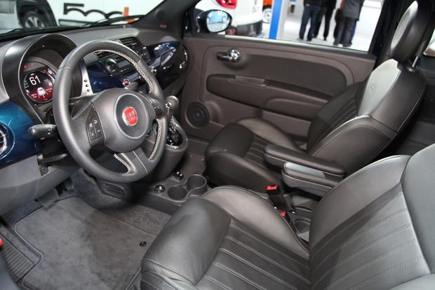 2015 FIAT 500: New York Auto Show featured image large thumb6