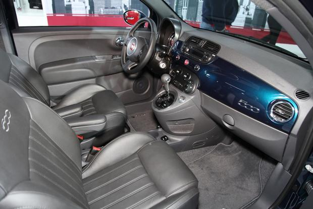 2015 FIAT 500: New York Auto Show featured image large thumb7