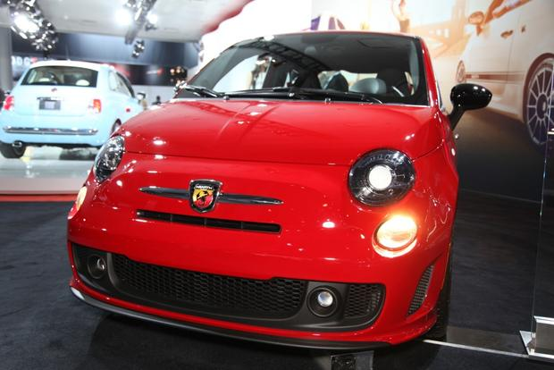 2015 FIAT 500: New York Auto Show featured image large thumb9