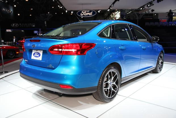 2015 Ford Focus: New York Auto Show featured image large thumb2