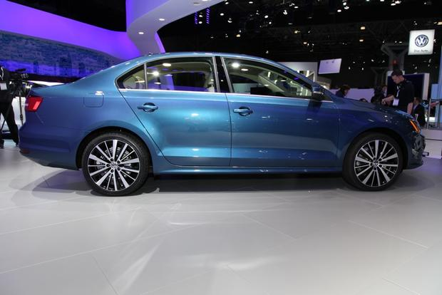 2015 Volkswagen Jetta: New York Auto Show featured image large thumb4
