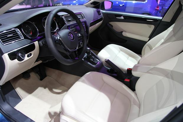 2015 Volkswagen Jetta: New York Auto Show featured image large thumb6