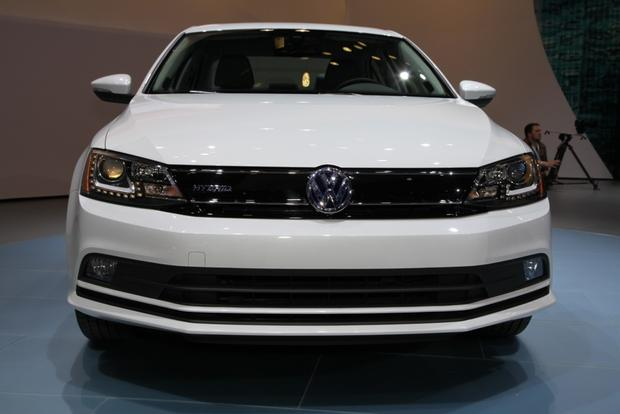 2015 Volkswagen Jetta: New York Auto Show featured image large thumb10