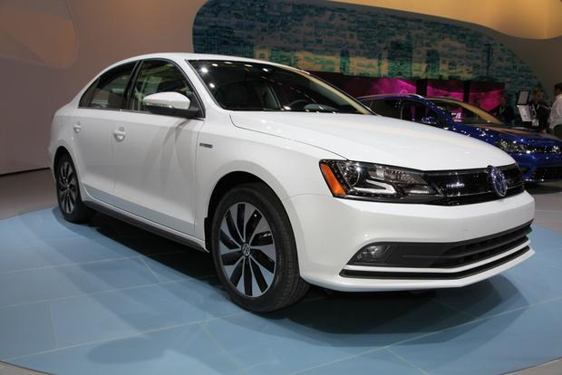 2015 Volkswagen Jetta: New York Auto Show featured image large thumb11