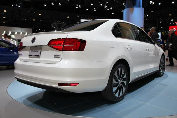 2015 Volkswagen Jetta: New York Auto Show featured image large thumb13