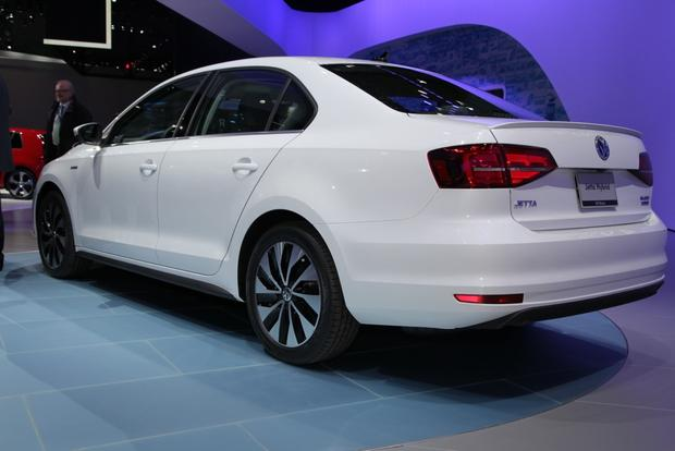 2015 Volkswagen Jetta: New York Auto Show featured image large thumb15