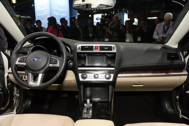 2015 Subaru Outback: New York Auto Show featured image large thumb7