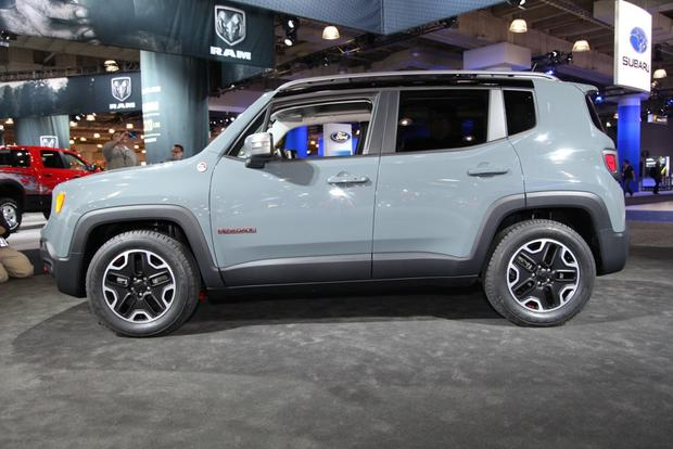 2015 jeep renegade new york auto show autotrader. Black Bedroom Furniture Sets. Home Design Ideas
