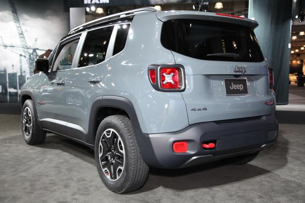 2015 Jeep Renegade: New York Auto Show featured image large thumb4