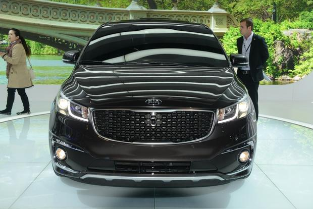 2015 Kia Sedona: New York Auto Show featured image large thumb2