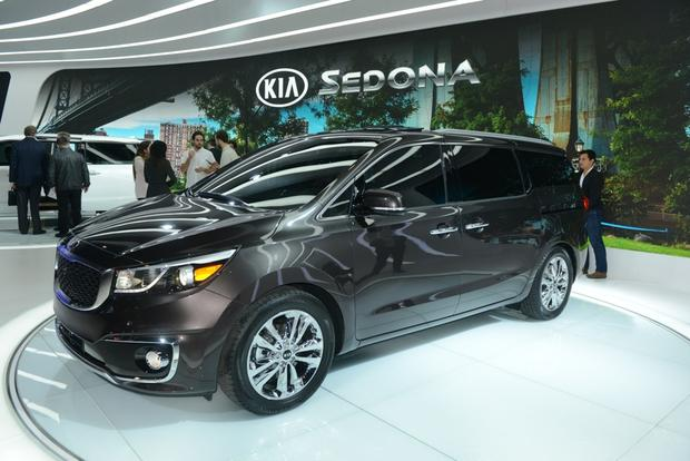 2015 Kia Sedona: New York Auto Show featured image large thumb4