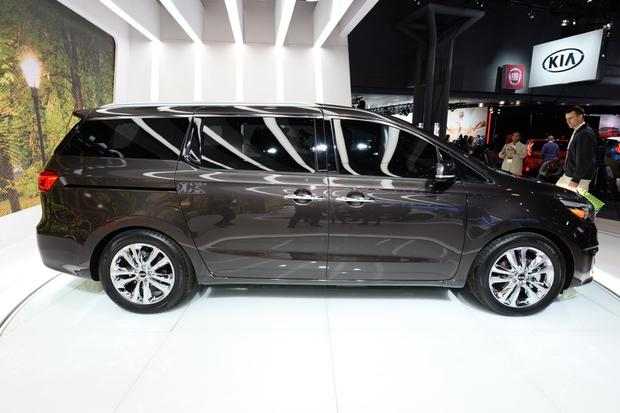 2015 Kia Sedona: New York Auto Show featured image large thumb6