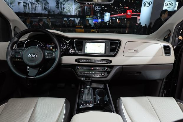 2015 Kia Sedona: New York Auto Show featured image large thumb8