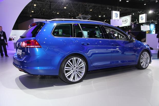 Volkswagen Golf SportWagen 4Motion Concept: New York Auto Show featured image large thumb1