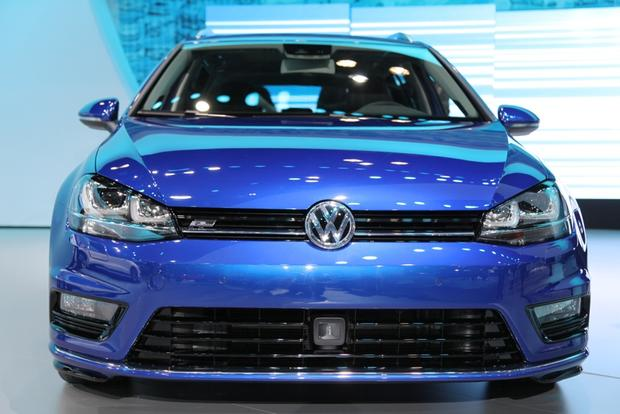 Volkswagen Golf SportWagen 4Motion Concept: New York Auto Show featured image large thumb2