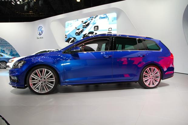 Volkswagen Golf SportWagen 4Motion Concept: New York Auto Show featured image large thumb5