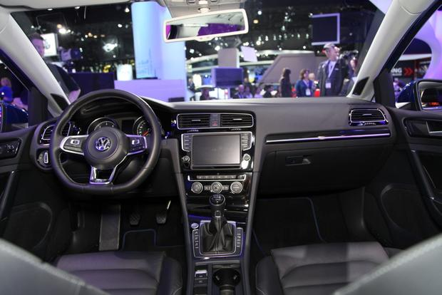 Volkswagen Golf SportWagen 4Motion Concept: New York Auto Show featured image large thumb8