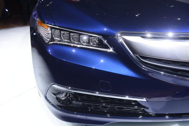 2015 Acura TLX: New York Auto Show featured image large thumb5