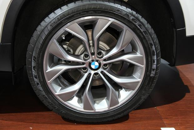 2015 BMW X3: New York Auto Show featured image large thumb5