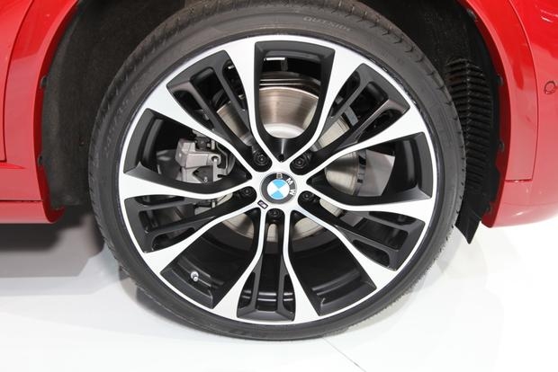2015 BMW X4: New York Auto Show featured image large thumb6