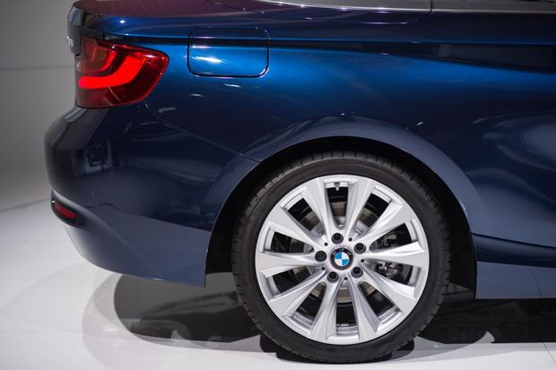 2015 BMW 2 Series Convertible: Paris Auto Show featured image large thumb9