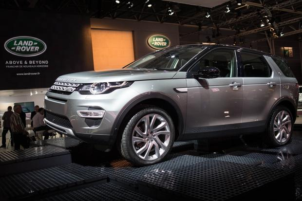 2015 Land Rover Discovery Sport: Paris Auto Show featured image large thumb1