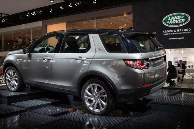 2015 Land Rover Discovery Sport: Paris Auto Show featured image large thumb3