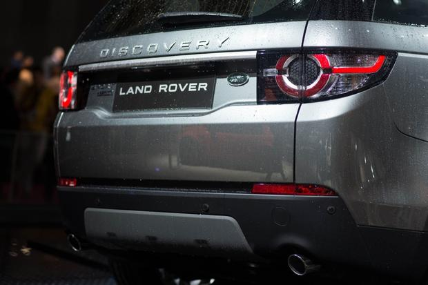 2015 Land Rover Discovery Sport: Paris Auto Show featured image large thumb5