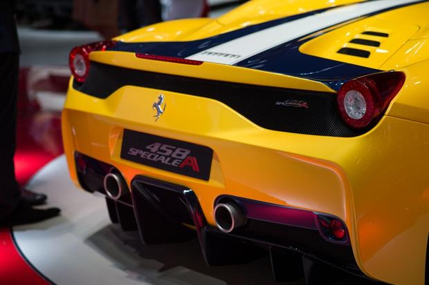 Ferrari 458 Speciale A: Paris Auto Show featured image large thumb1