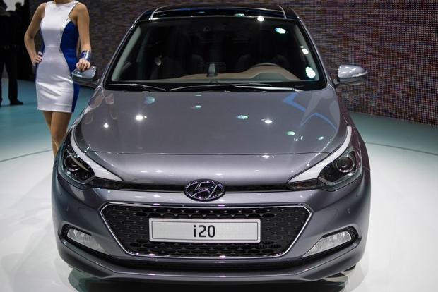 Hyundai i20: Paris Auto Show featured image large thumb2
