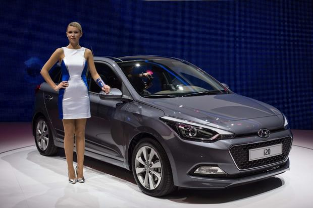 Hyundai i20: Paris Auto Show featured image large thumb3