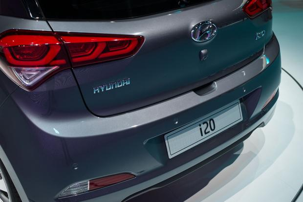 Hyundai i20: Paris Auto Show featured image large thumb5