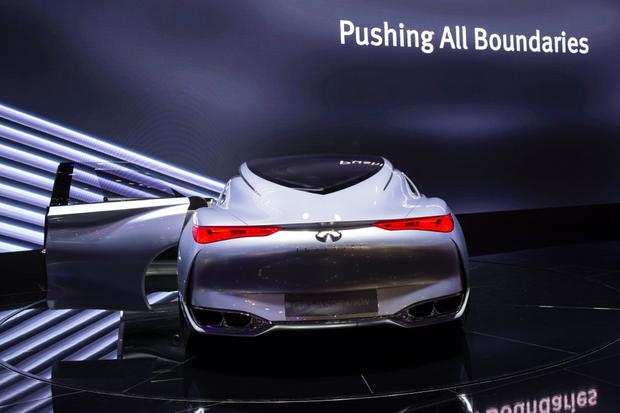 Infiniti Q80 Inspiration Concept: Paris Auto Show featured image large thumb6