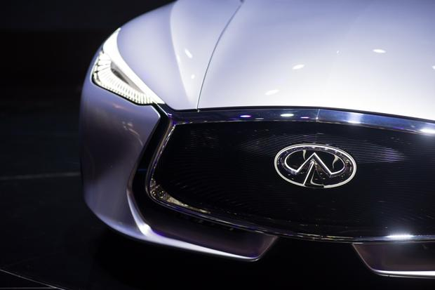 Infiniti Q80 Inspiration Concept: Paris Auto Show featured image large thumb8